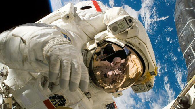 Dave Gallagher - Spacewalk